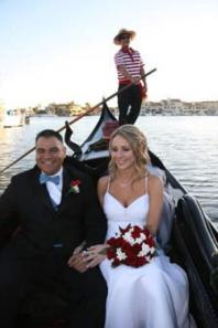 Wedding in a gondola. Image from Google Images.